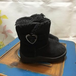 Girls size 3 Boots, non marking soles